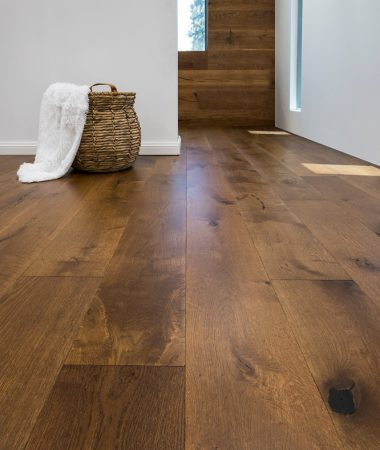 Grand-Oak-Monarch-Lifestyle-Aged-Carbonised